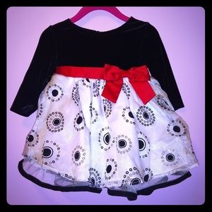NWOT Bonnie Baby Holiday Dress 6-9mo.